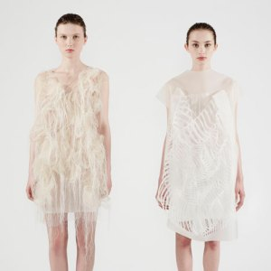 dezeen_Gaze-activated-dresses-by-Ying-Gao_15